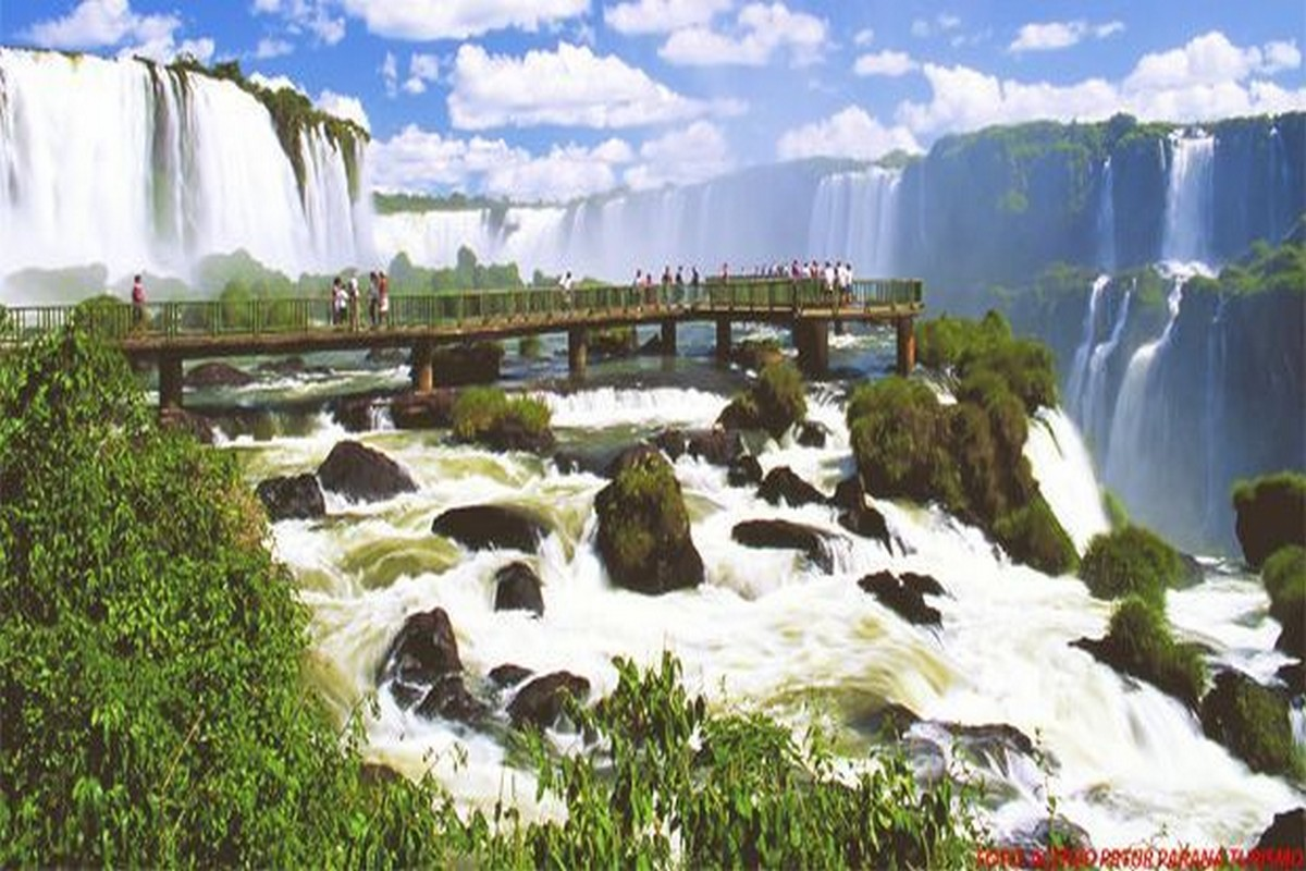 Cataratas do Iguaçu e Itaipu