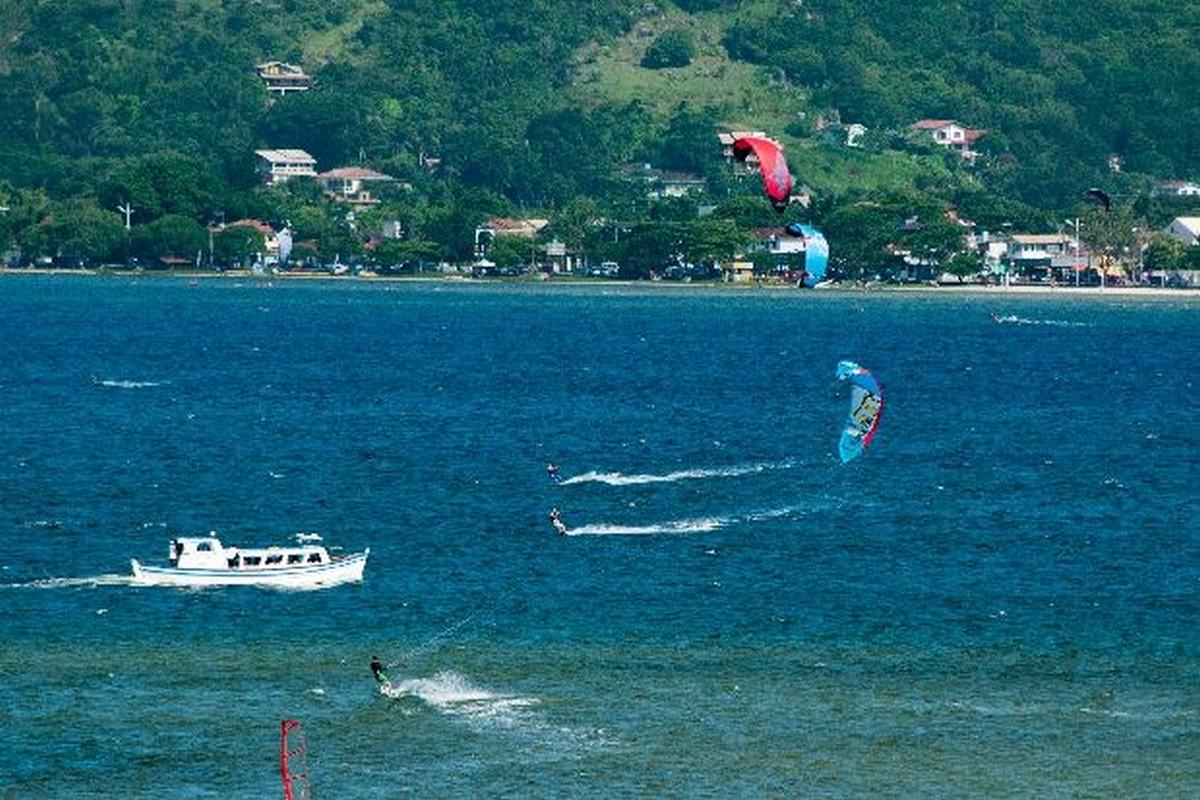 A prática do esporte náuticos na Lagoa da Conceição! Setur Florianópolis - Santa Catarina - Foto: Mafalda Press