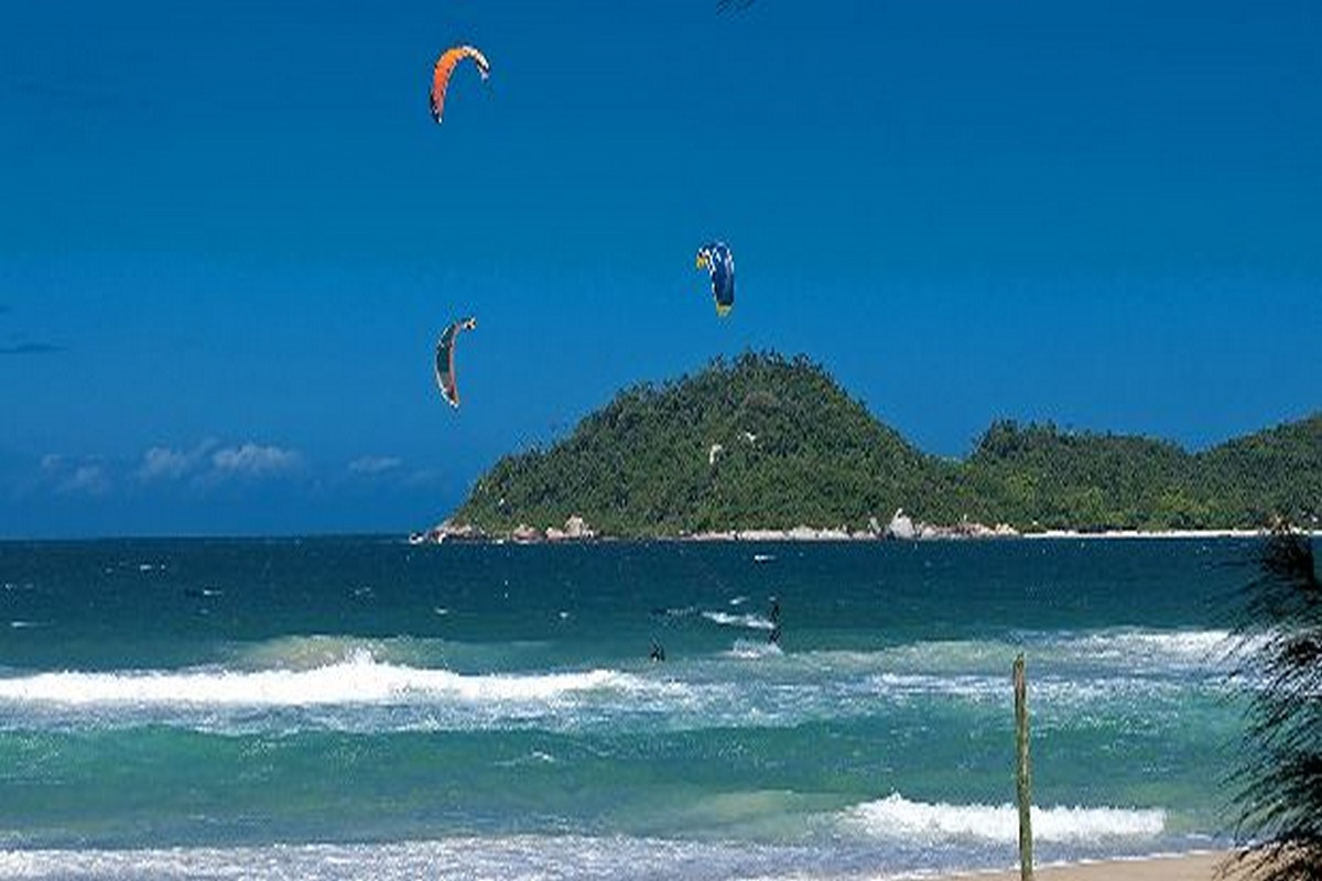 Ilha da Magia -  Foto Acervo SANTUR - Florianópolis – Santa Catarina