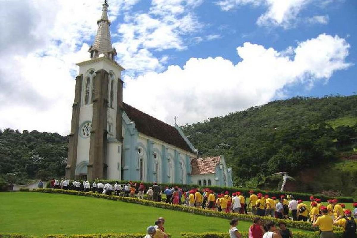 Santa Maria Madalena Rio de Janeiro fonte: www.guiadoturismobrasil.com