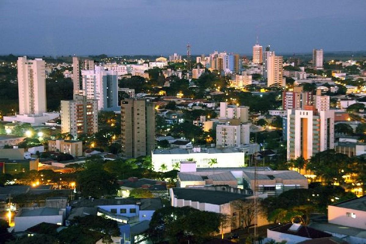 Umuarama Paraná fonte: www.guiadoturismobrasil.com