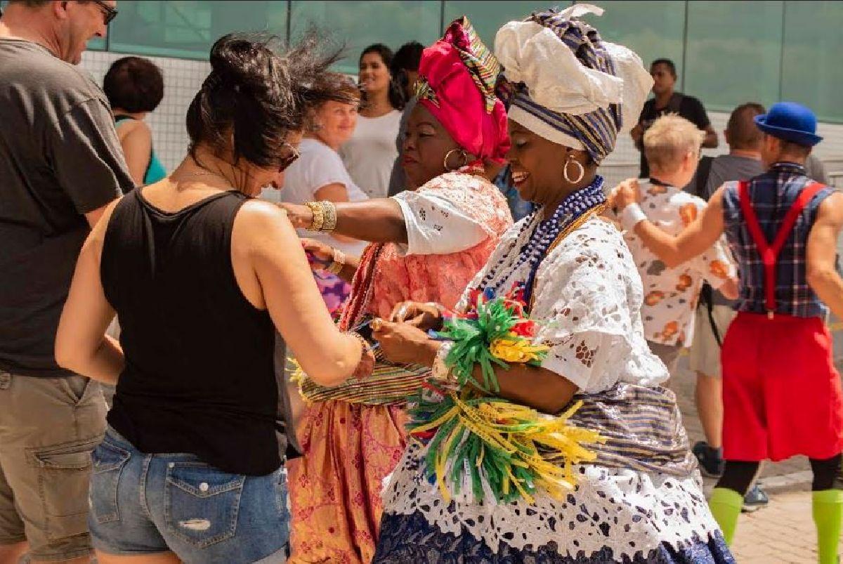 TURISTAS SERÃO RECEBIDOS COM FESTA NO ÚLTIMO RECEPTIVO DO ANO NO PORTO DE SALVADOR