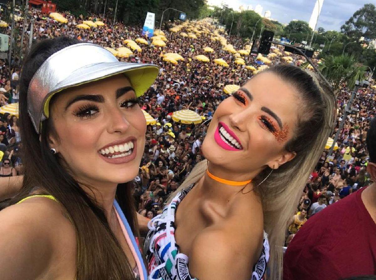 DUPLA SERTANEJA CONTAGIA 400 MIL PESSOAS EM CARNAVAL DE RUA DE SÃO PAULO
