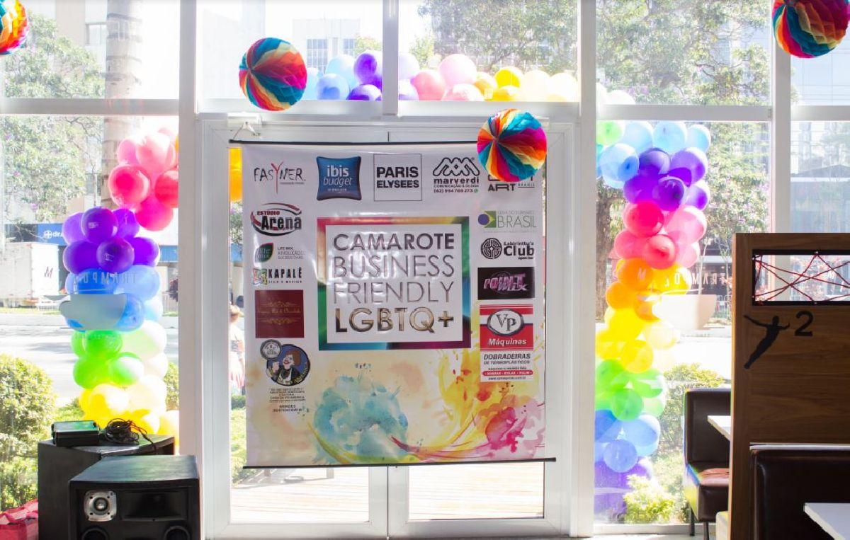 LANÇAMENTO  DO  PRIMEIRO  CAMAROTE  VOLTADO PARA  NEGÓCIOS BUSINESS FRIENDLY, MARCA  PRESENÇA NA PARADA  LGBT  EM SÃO PAULO