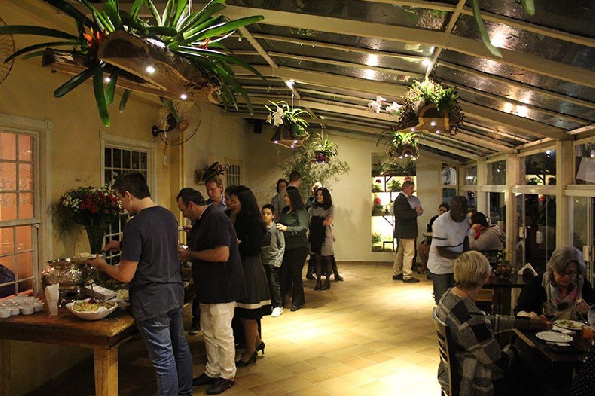 CAFÉ CASA BELA É MODERNIZADO E ENTREGUE PARA AS COMEMORAÇÕES DE SEUS 25 ANOS