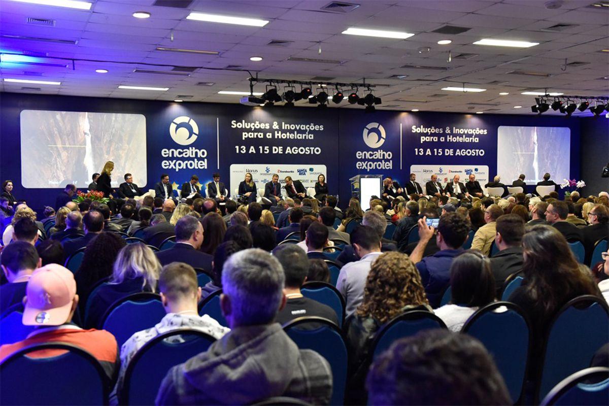 ENCATHO ABRE OFICIALMENTE COM PRESENÇA DE AUTORIDADES NACIONAIS