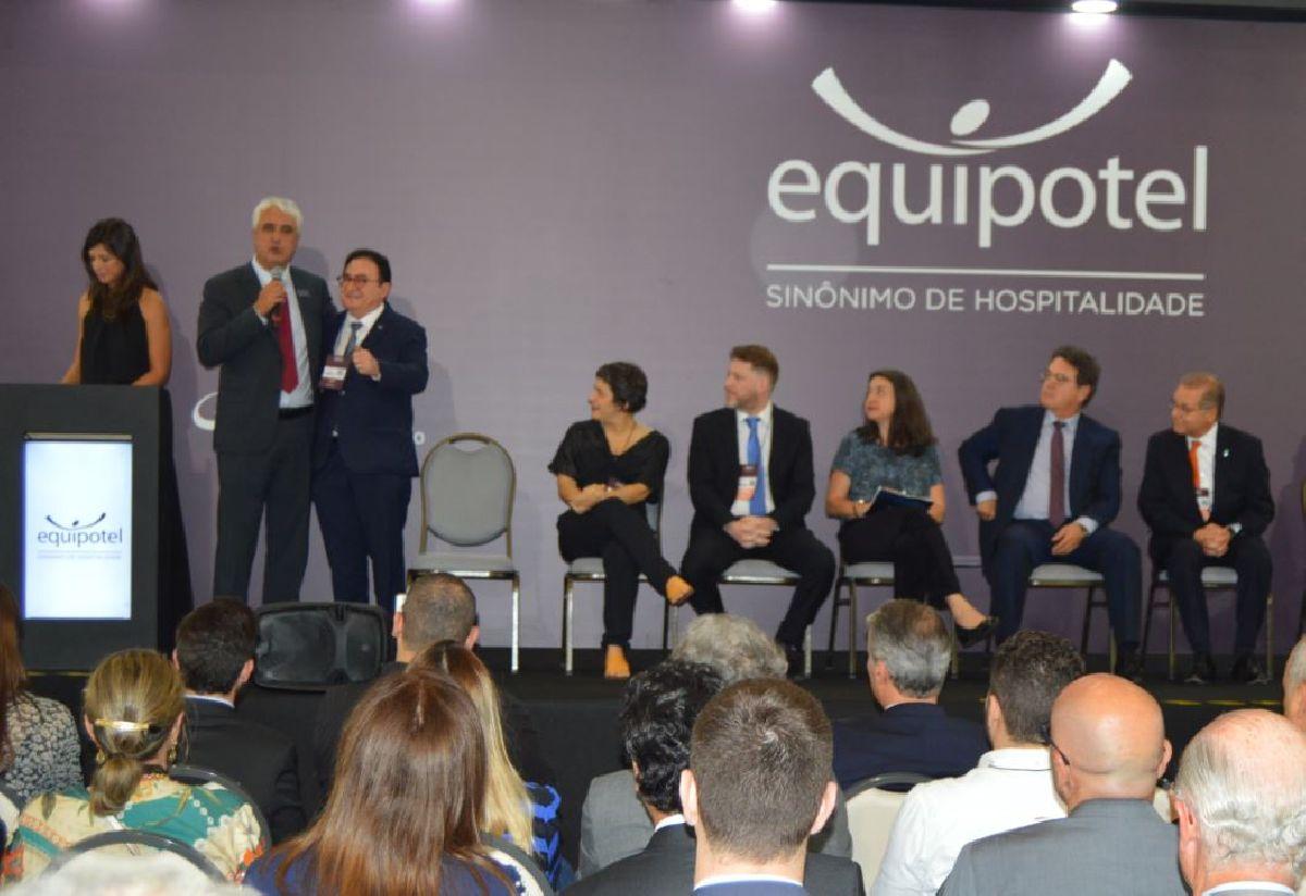 A 57ª EQUIPOTEL - FOI OFICIALMENTE ABERTA EM SÃO PAULO NESTA TERÇA 10/09