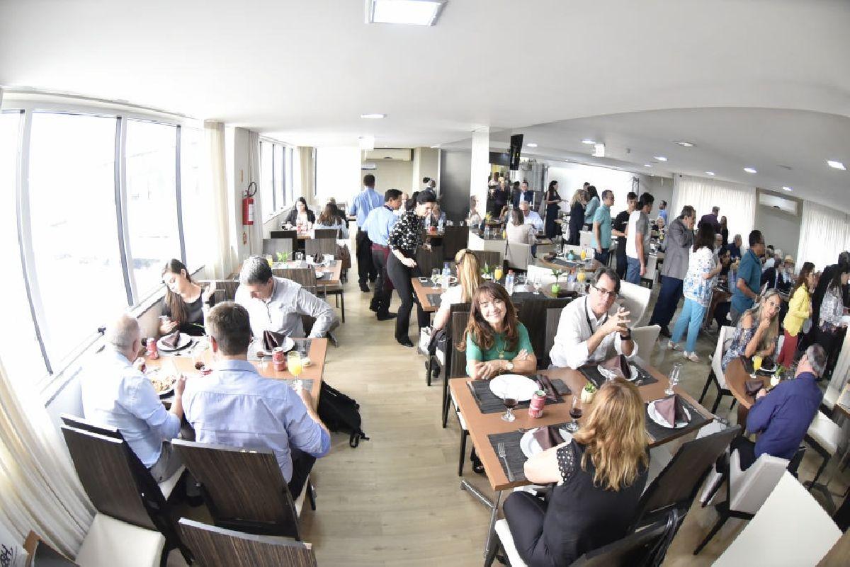 LANÇAMENTO DO ENCATHO & EXPROTEL 2020 MARCA COMEMORAÇÕES AO DIA DO HOTELEIRO EM SANTA CATARINA