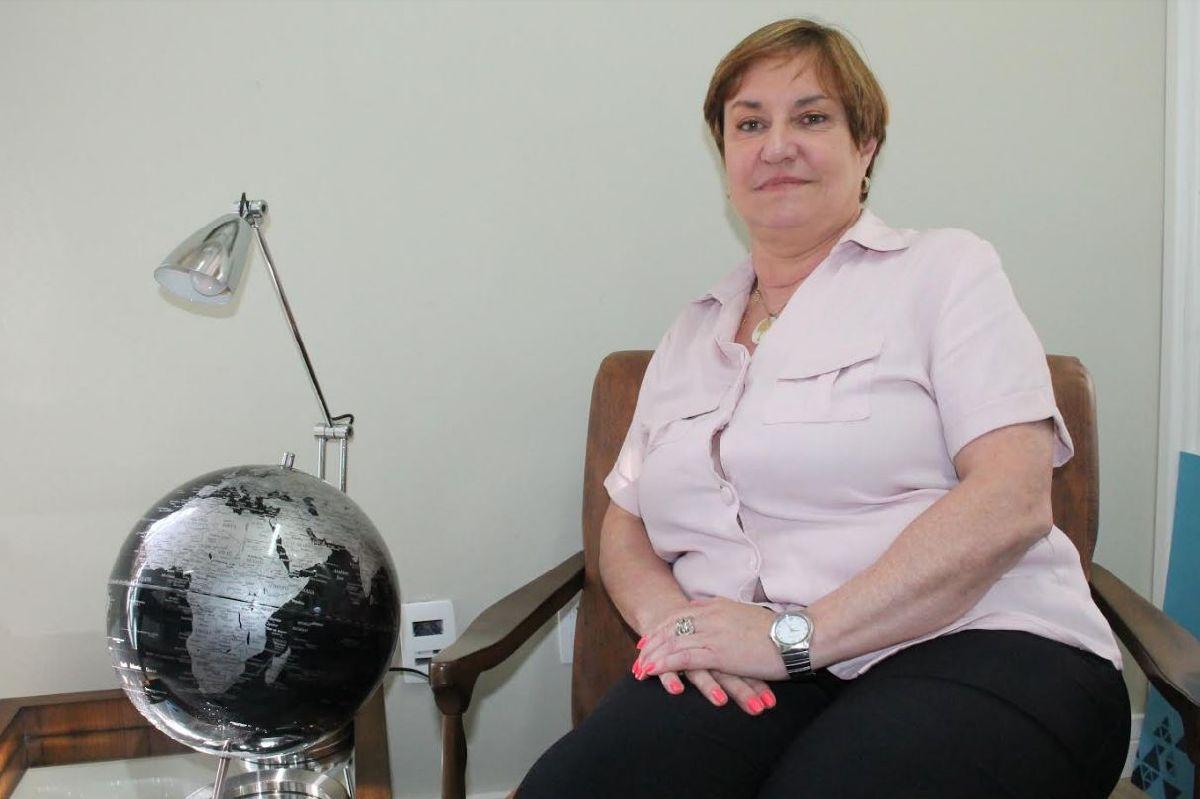 VÂNIA OLIVEIRA ASSUME DIRETORIA DA AFEET BRASIL