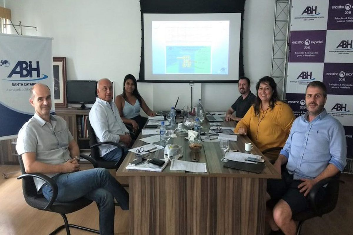 ABIH-SC REUNIDA PARA TRATAR DO ENCATHO & EXPROTEL 2020