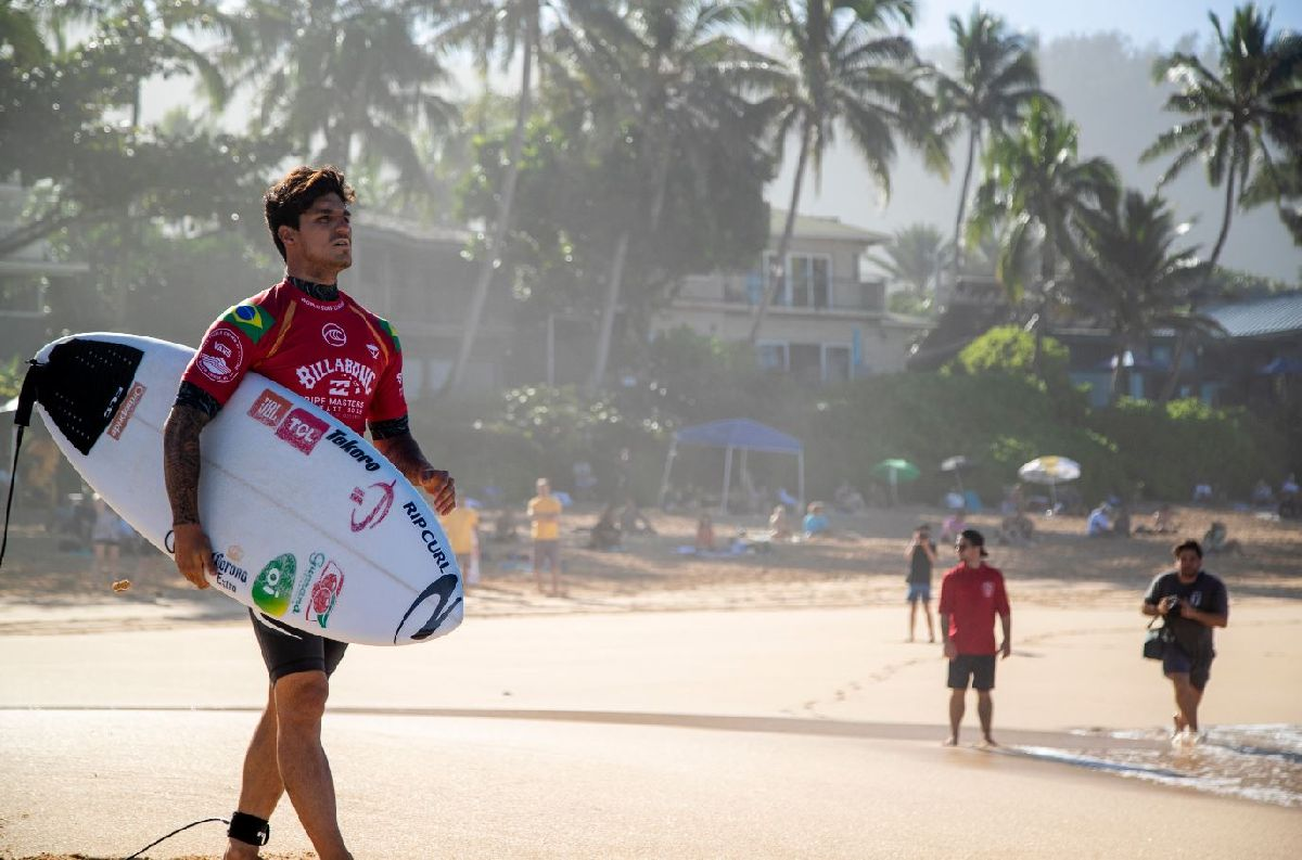 SURFISTAS DA WSL CONTAM SOBRE ROTINA, AÇÕES DO BEM E LIÇÕES QUE PODEM TIRAR DA PANDEMIA