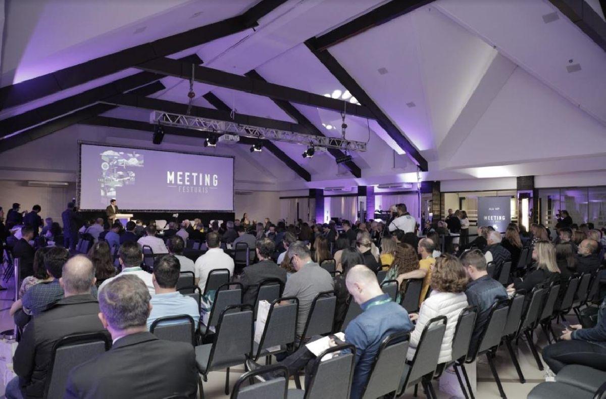 CONNECTION MEETING OFERECE CONTEÚDO PARA CONTRIBUIR NA TRANSFORMAÇÃO DO TURISMO