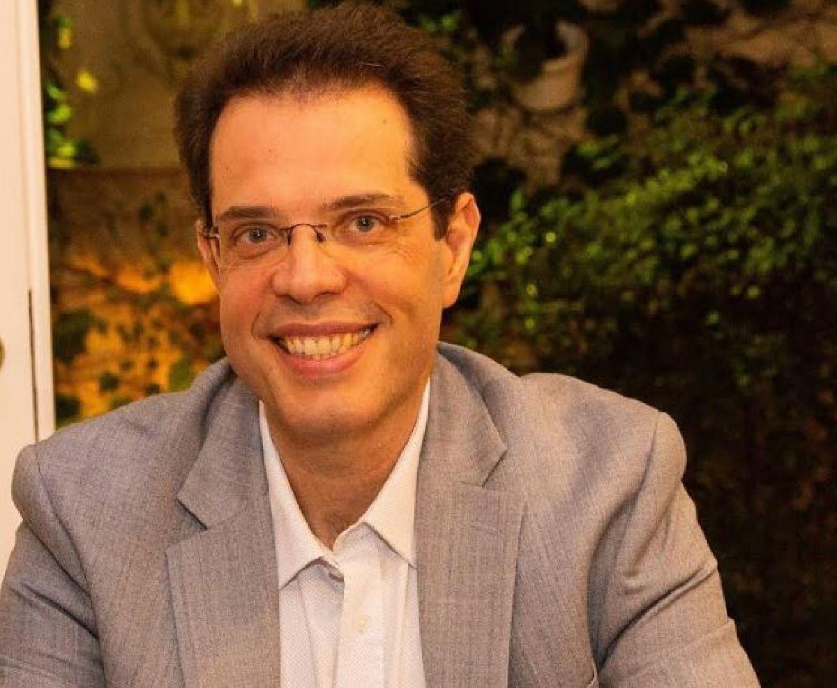 DR. LEONARDO LOURENÇO, PAIXÃO POR COMUNICAR NEUROCIÊNCIA