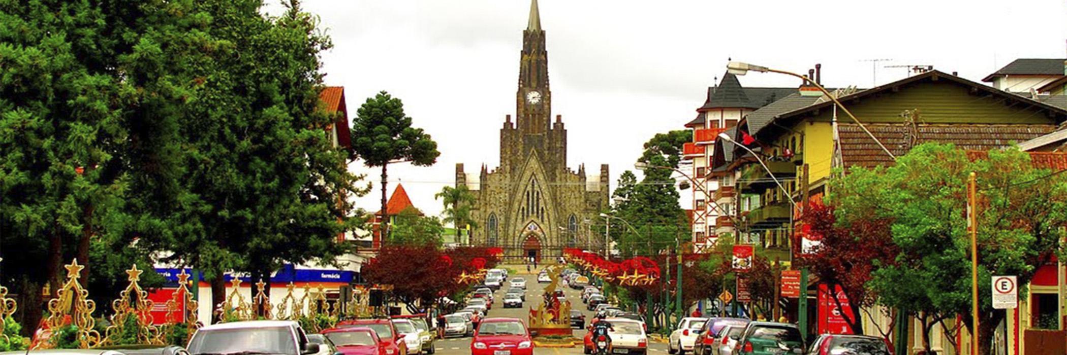 HOME ROTEIRO DA SERRA GAUCHA - RS CANELA - Rua central da cidade