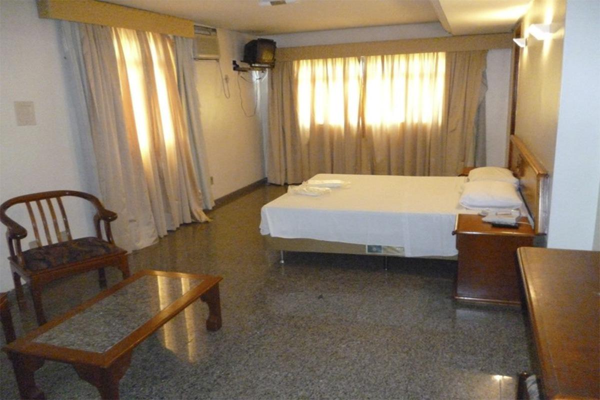 AVALON PARK HOTEL