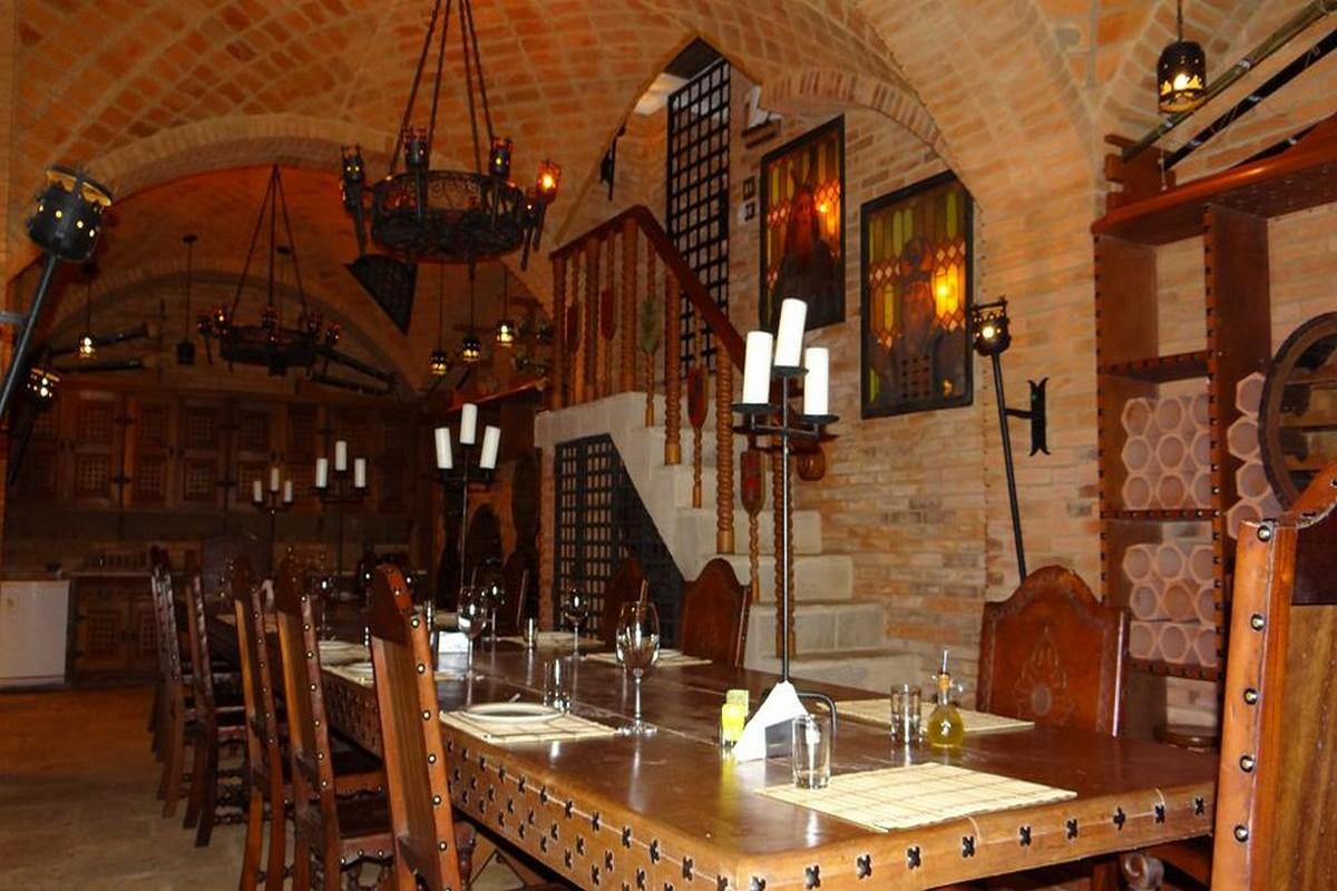 Adega Castelo Restaurante