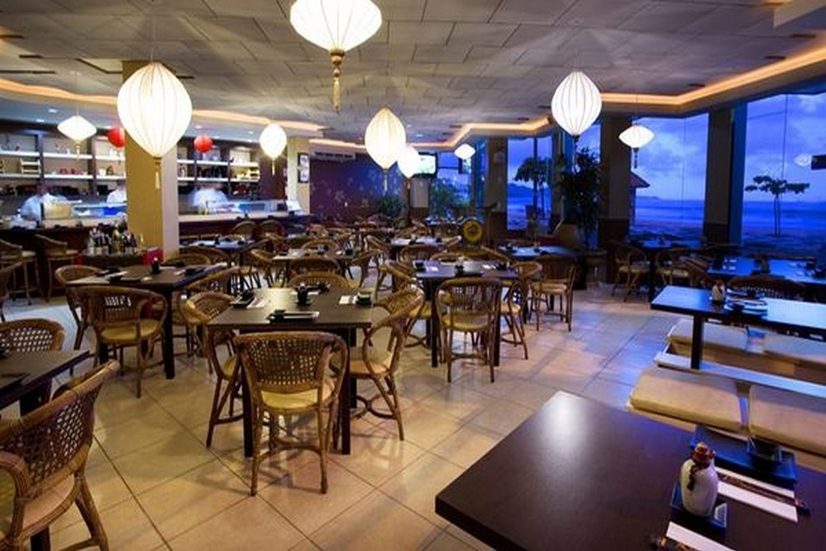 Edomae Sushi Bar e Restaurante