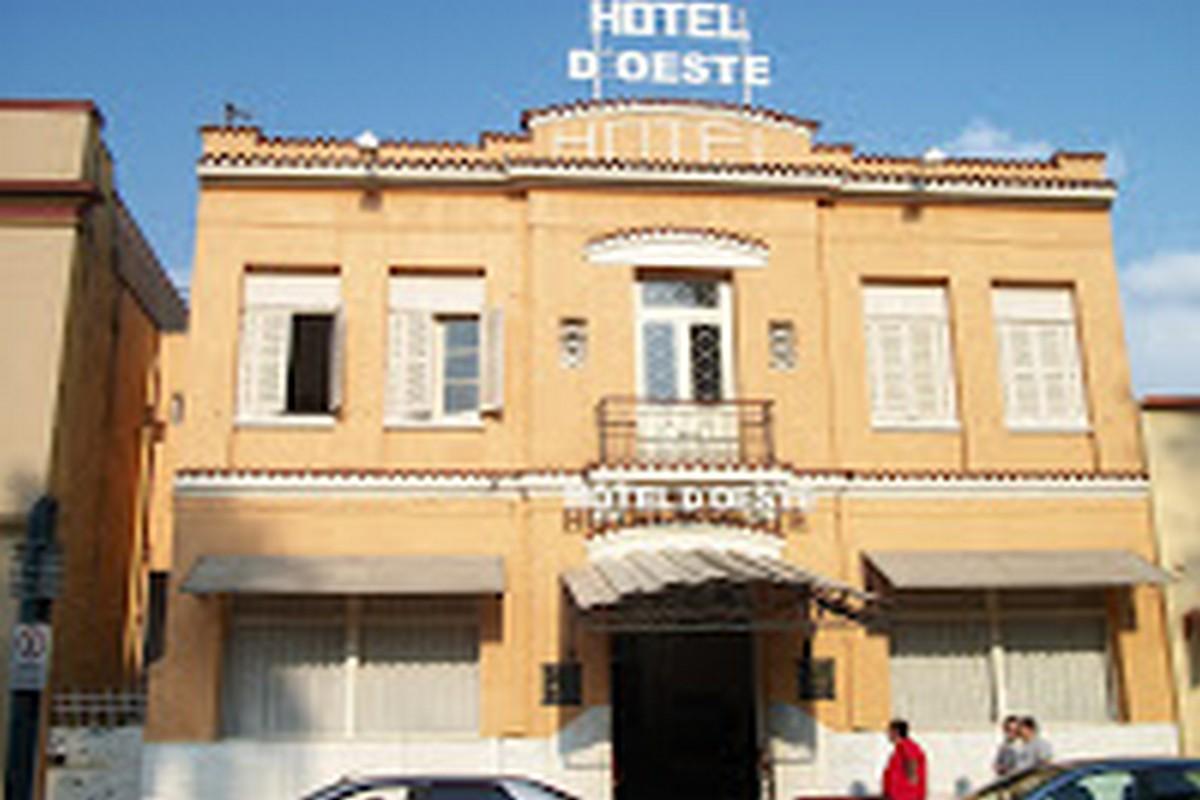 HOTEL D´OESTE