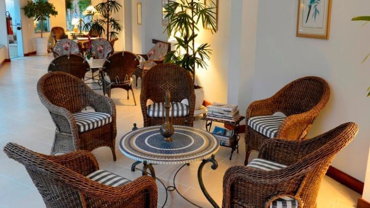 ITU COLONIAL PLAZA HOTEL