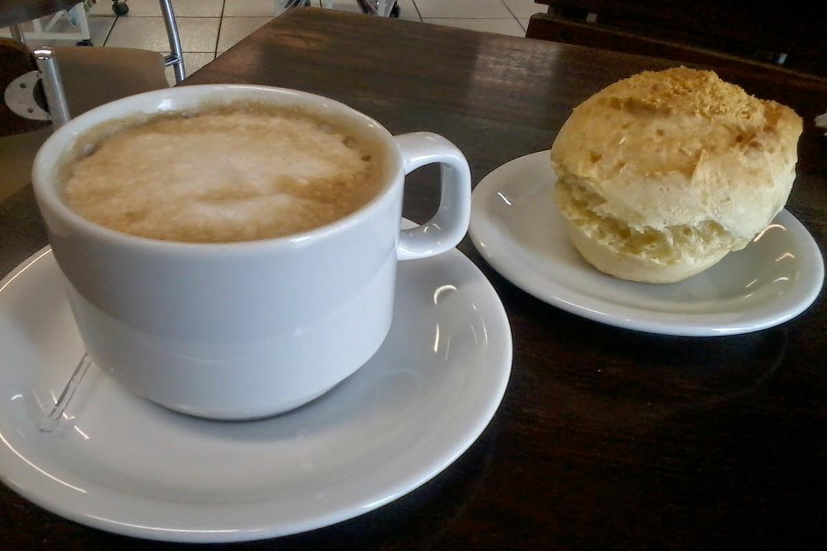 Café & Pão de Queijo