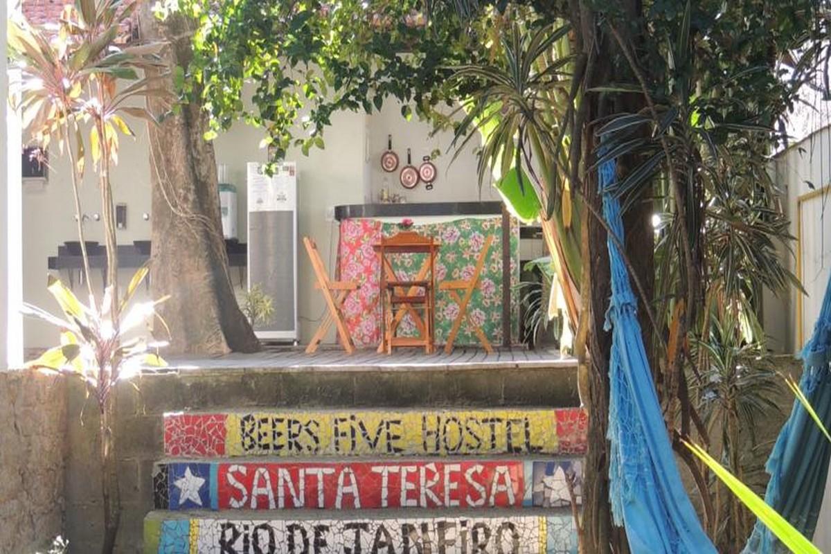 Beers Five Hostel