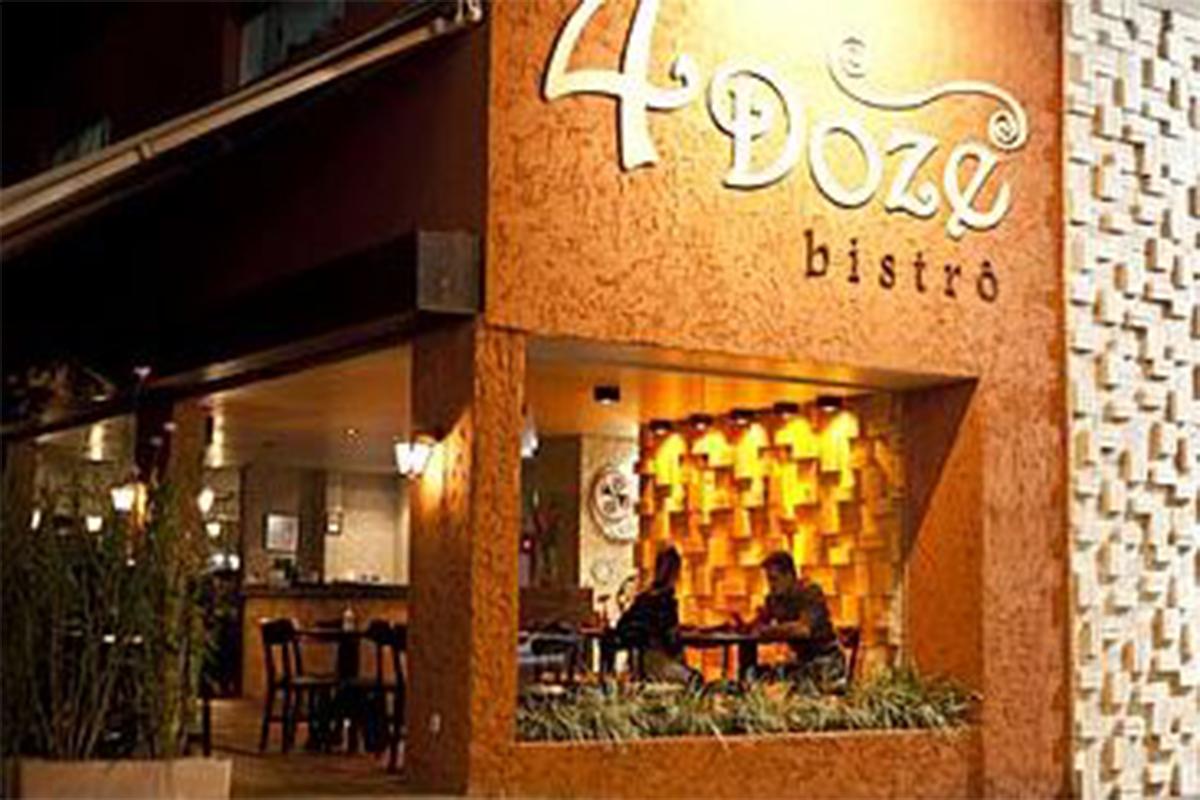 4Doze Bistrô Café