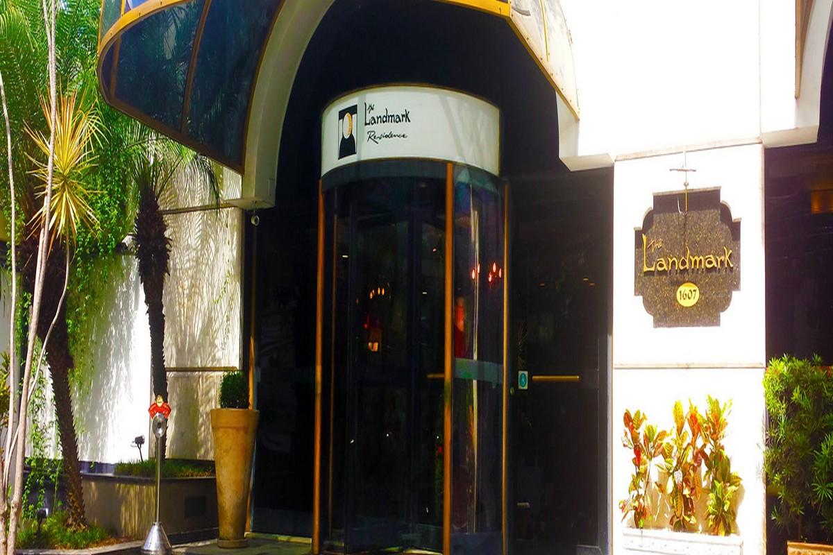 THE LANDMARK RESIDENCE HOTEL