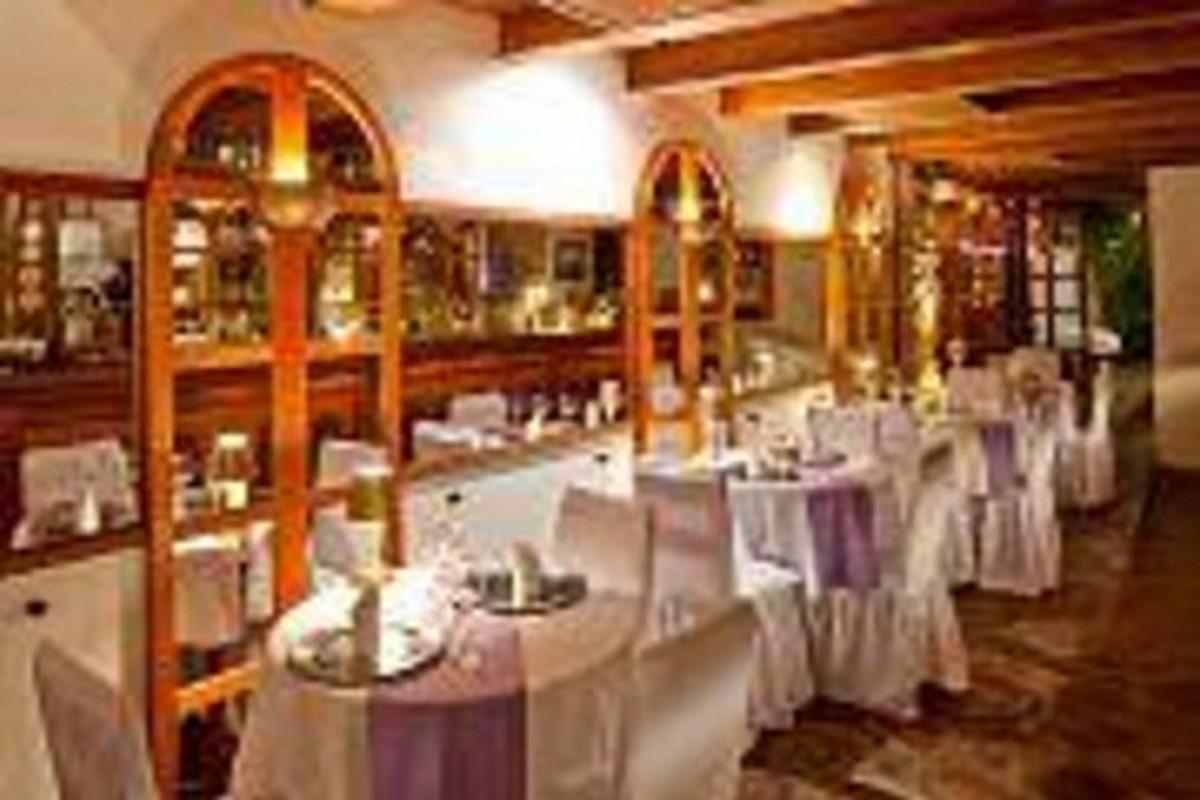 Restaurante Merlin, O Mago