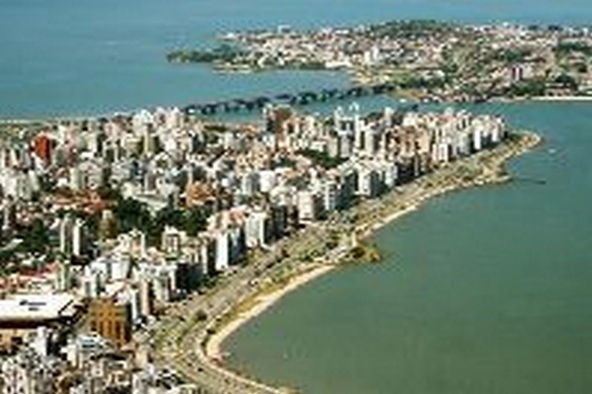 Florianópolis é a capital do estado de Santa Catarina e uma das três ilhas-capitais do Brasil -Foto Acervo SANTUR - Florianópolis – SC