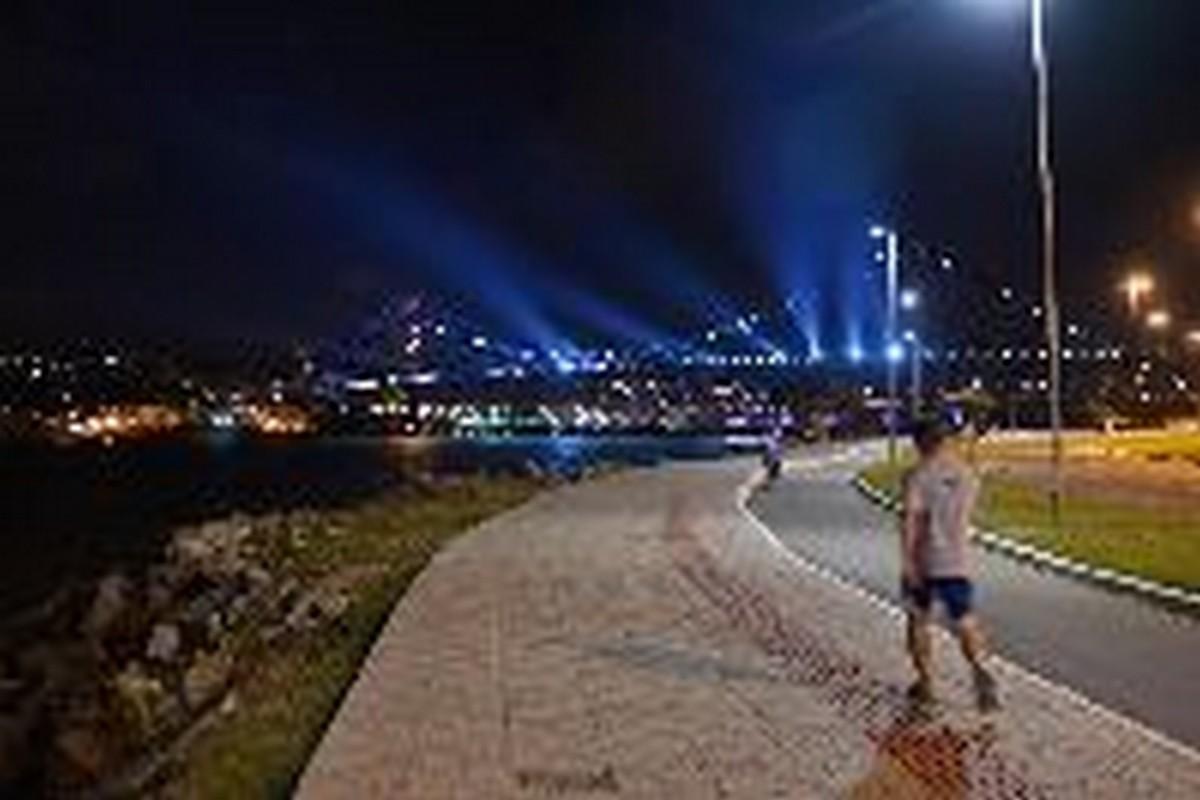 A caminhada à beira mar da Capital Catarinense também é um charme. SETUR Florianópolis-Foto: Mafalda Press