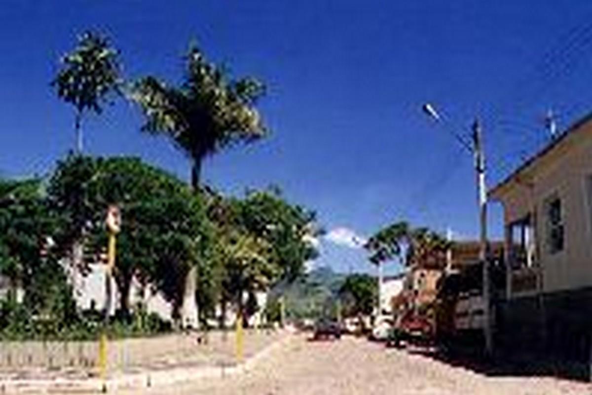 Córrego do Bom Jesus Minas Gerais fonte: www.guiadoturismobrasil.com