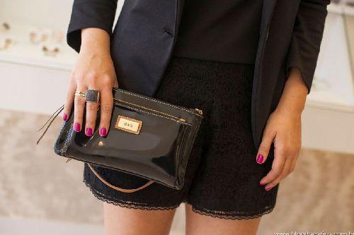 A COLATTO em suas lojas modernas e sofisticadas segue a tradição de luxo e sobriedade.