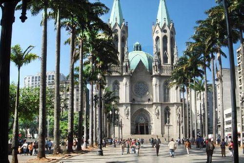 ESCOLHA SÃO PAULO PARA O PRÓXIMO DESTINO, UMA CIDADE QUE RESERVA SURPRESAS, SÃO 32 LUGARES QUE VOCÊ PRECISA CONHECER