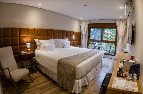 HOTEL QUEBRA NOZ FOCA NA EXPERIÊNCIA COMO DIFERENCIAL EM CAMPOS DO JORDÃO